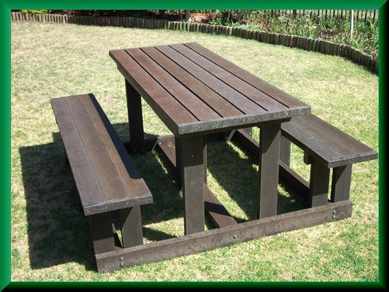 plastic timber 6 seater